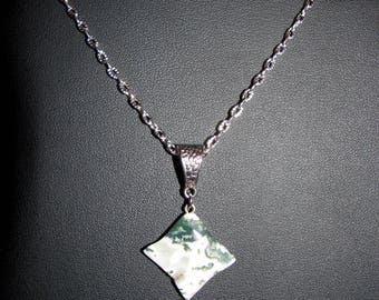 MOSS Agate gemstone pendant 4 point star.