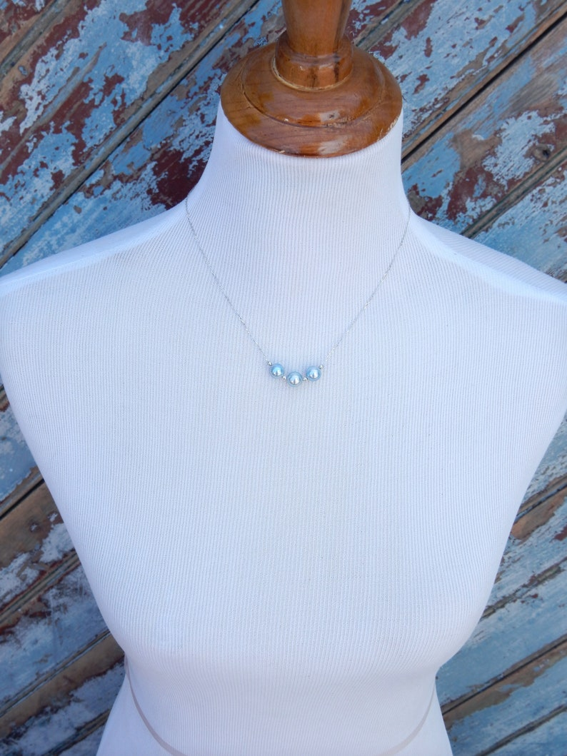 Ready to Ship Dainty Saltwater Pearls 9mm Three Akoya Blue Pearl 18k White Gold Chain Necklace Floating Pearls