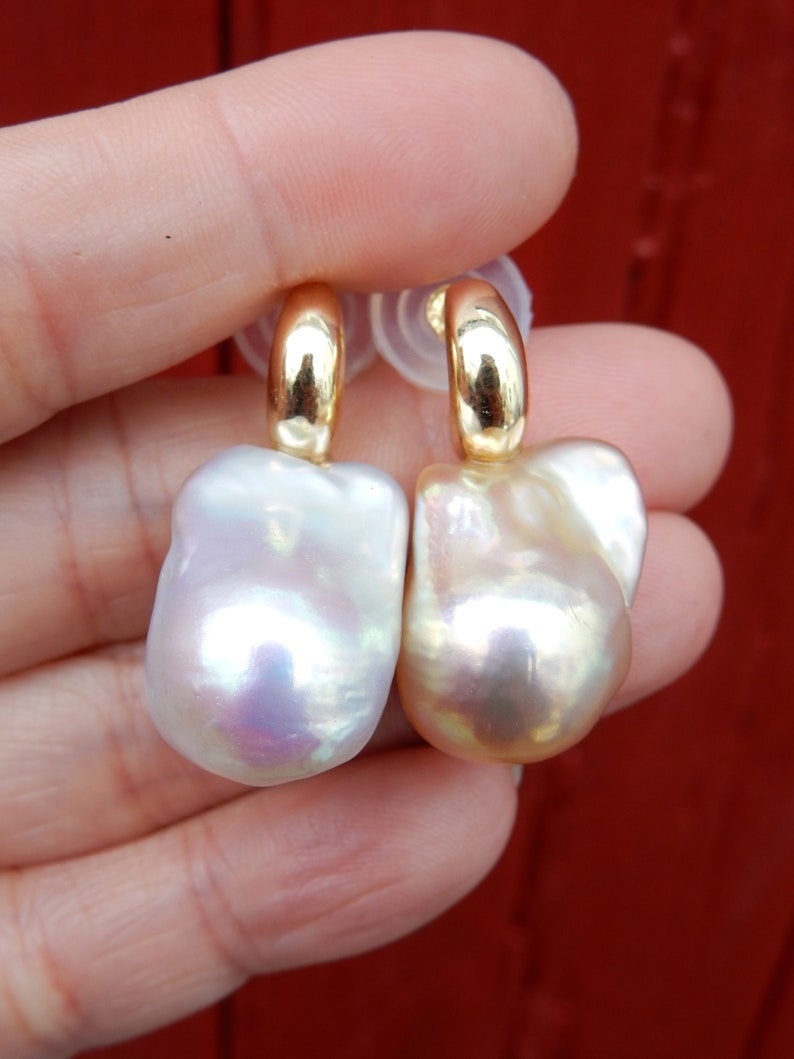 Vermeil Rainbow Freshwater Pearls Mismatched Baroque Pearl Earrings Champagne Strong Metallic 15 x 20 x 14mm | Silvery White vs
