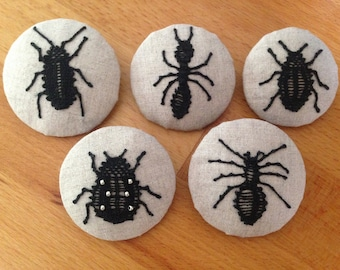 Insect brooch or spider in spindle lace on linen canvas, textile brooch small beasts, entomology brooch, textile art brooch