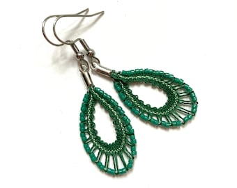 Oval hanging earrings in beaded lace, spindle lace jewelry, textile jewelry, designer jewelry