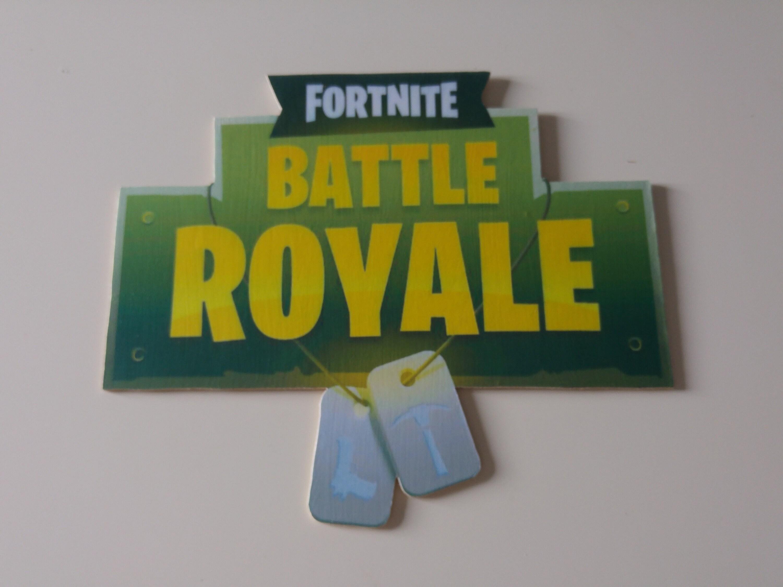 Fortnite battle royal wall art/door plaque | Etsy