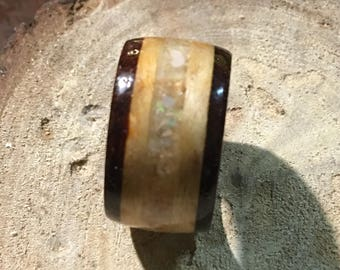 Unique bentwood ring with Opal inlay