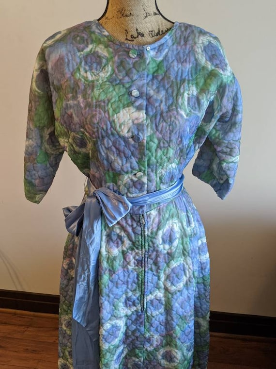 1950s watercolor floral satin robe by Diana Dean /