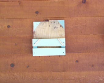 Mail holder/ Mail organizer/ Key holder/ Rustic wood mail holder/ Entry way key hanger