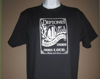 Vintage,Deftones t shirt, rock tee, metal, black, size med. early 2000