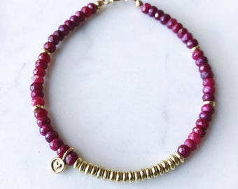 Ruby Beaded Bracelet with Gold Heart Charm / Faceted Ruby Charm Bracelet / Valentine's Day Gift for Her