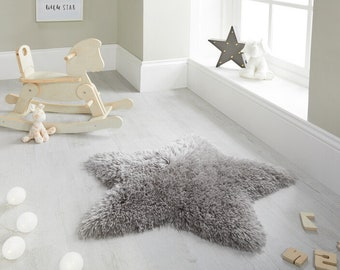 Thick Sumptuous Fluffy Star Children's Shaggy Rug in Grey
