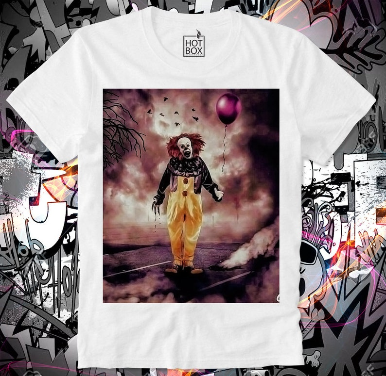 969e61076623b T Shirt HOTBOX It Stephen King Pennywise the dancing clown Cult Horror  Movie Georgie We all float down here