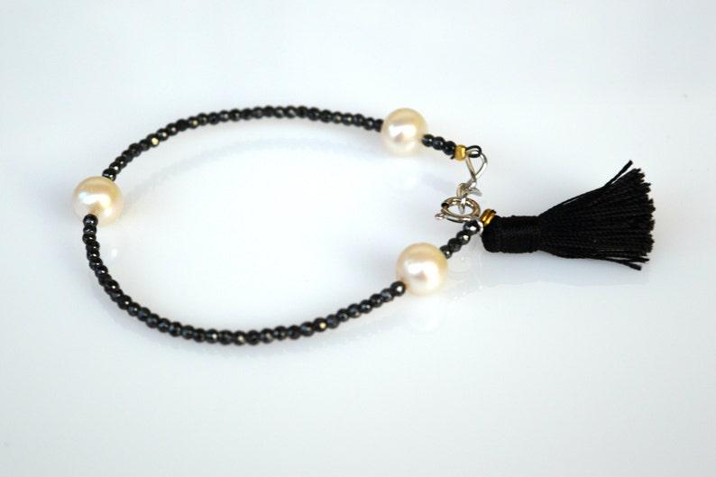 Black and White Stacking Bracelet Handmade Gemstone Bracelet Pearl Bracelet Black Spinel /& Pearl Bracelet Dainty Bracelet