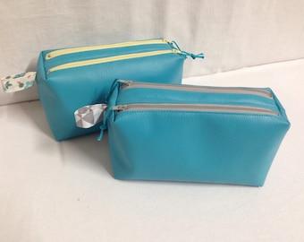 AVAILABLE case double zipper faux lagoon blue