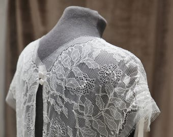 Silk crepe and fine lace top wedding