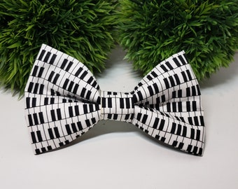 Black and White Piano Print Bowtie Pattern Unisex Adjustable Strap Rock Star Piano Keys Bow Tie