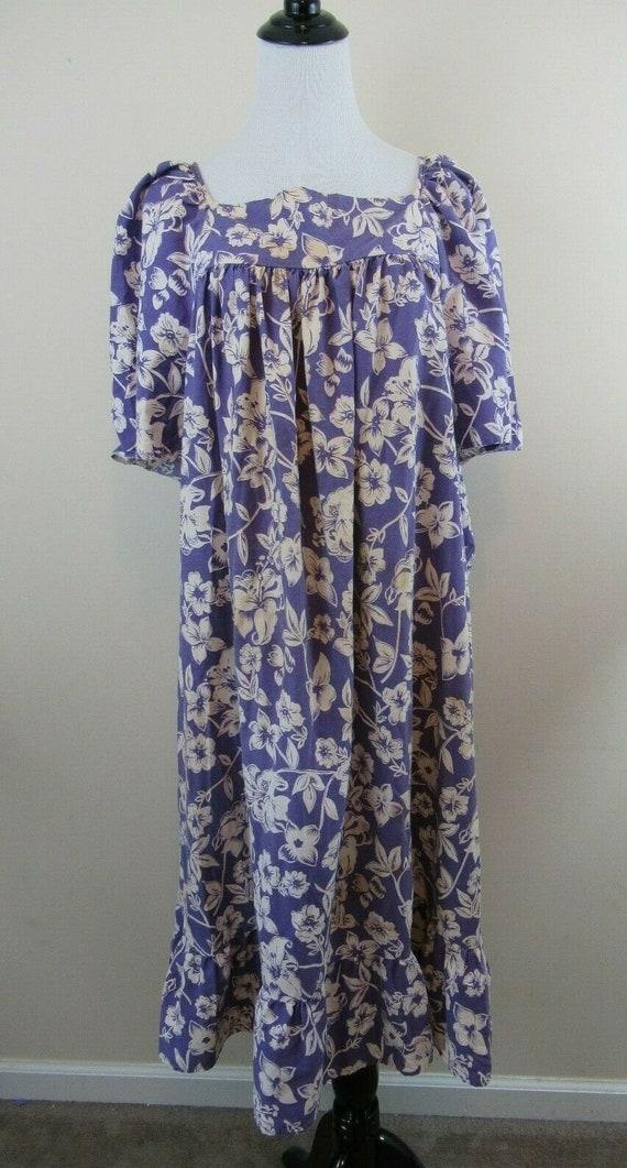 1950s Hawaiian Style Muumuu, Handmade, Vintage, Fl