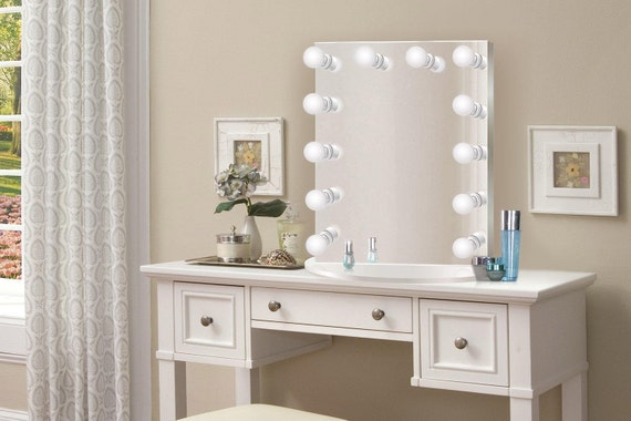 Hollywood 25 X 31 Lighted Vanity Mirror Glam Led Etsy