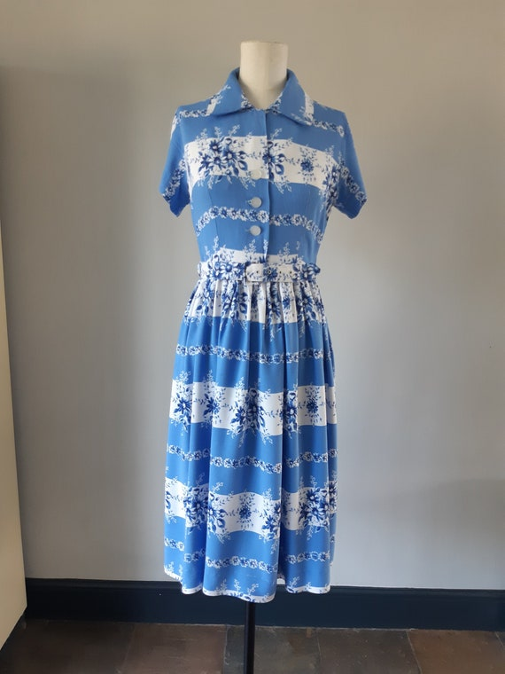 1940s blue and white day dress
