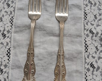 Set of 2 WM Rogers & Son AA Silverplated Forks