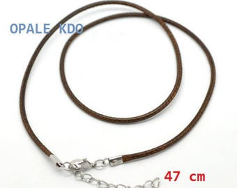 Waxed cotton cord collar with coloured musket clasp: brown