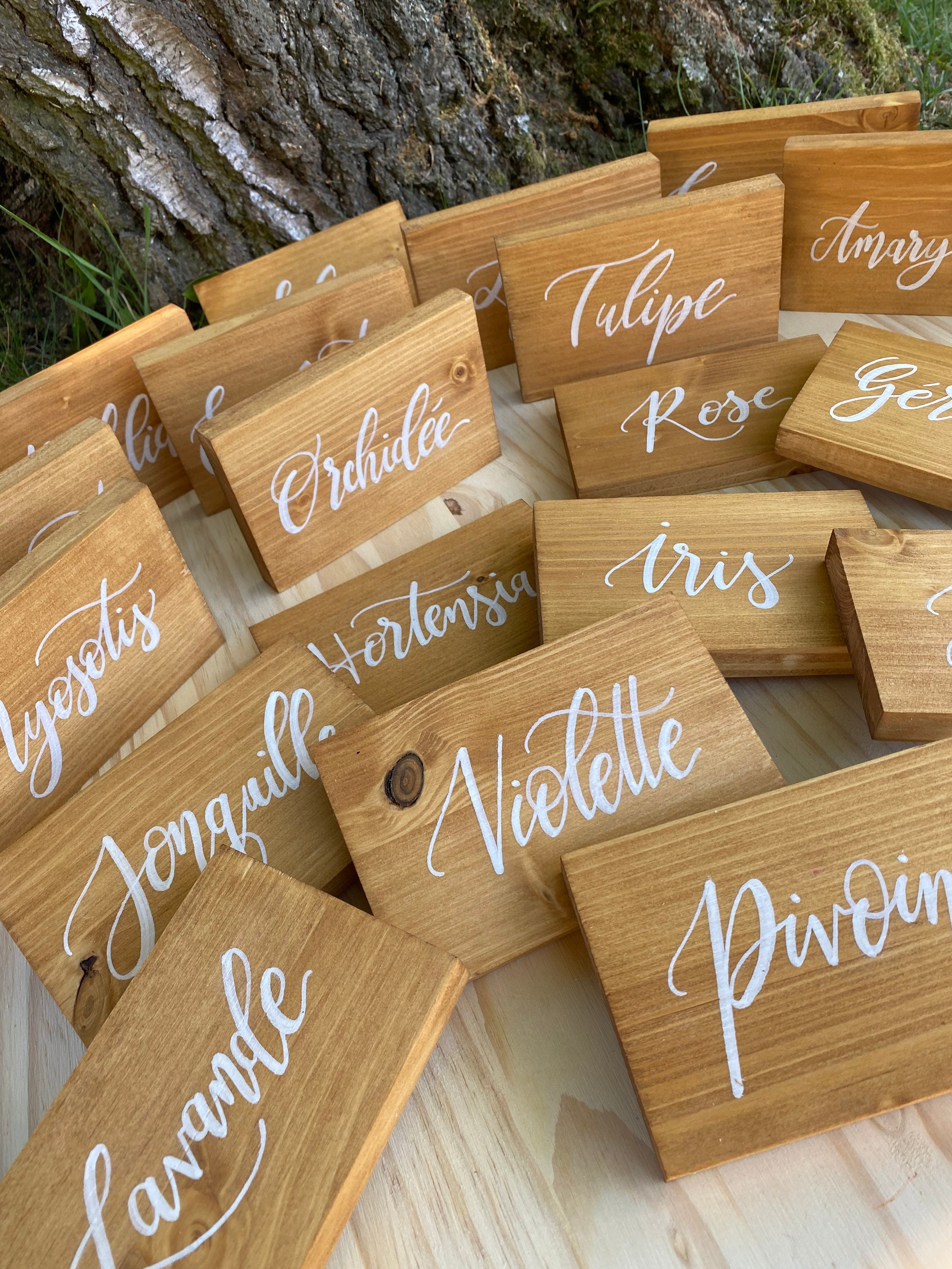 Your Table Names On Wooden Plate Center Table Rustic Wedding Customizable Panel With The Words Of Your Choice
