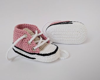 Baby girl sneakers, Rose gold baby shoes, Unique baby gift, Crochet baby shoes, Baby girl shoes, Baby girl gift idea, Baby girl shower gift