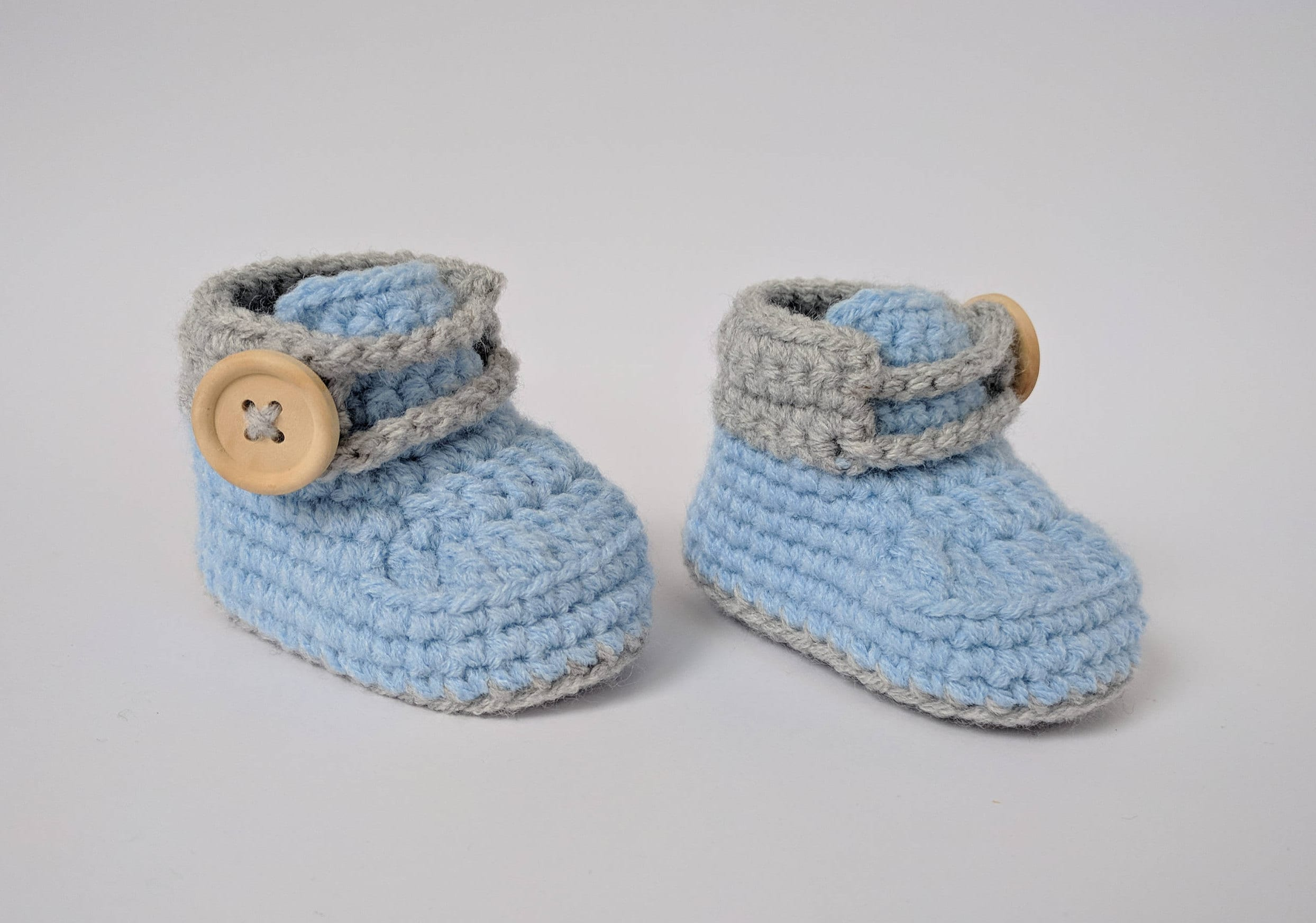 59aed661776c Baby boy shoes Crochet baby shoes Blue baby shoes Newborn