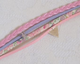 Triangle bracelet pink suede and liberty