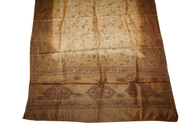 Antique Vintage Kantha Handmade Embroidery Work Indian West Bengal 100/% Pure Silk Bridal Dupatta Craft Fabric Stole Womens Scarf StyleIndian