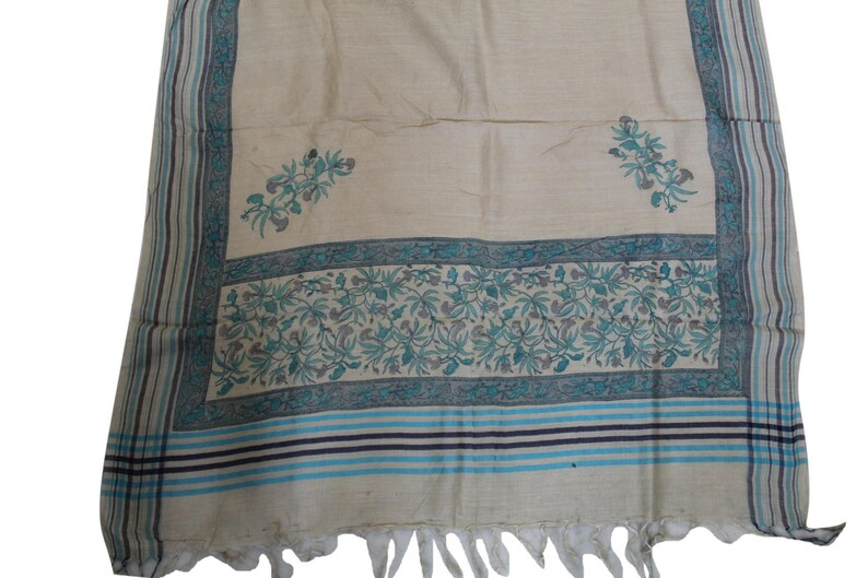 Antique Vintage Amazing Style Indian Dupatta Long Stole 100/% Pure Woolen White Wrap Hijab Printed Work Wrap Scarves Free Shipping Worldwide