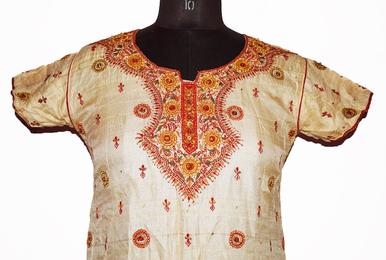 Vintage Antique Indian Wedding Kurta Top Lucknow Hand Old Handmade Beaded Embroidery Work Long Of White Color 100/% Pure Silk Tunic Kurta