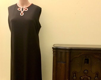 1950s Straight Line Dress
