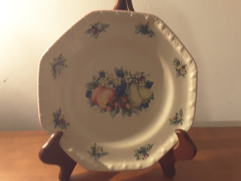 Avon Vintage Sweet Country Harvest Collection; Lunch and Dinner Plates