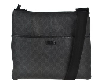 F47 GUCCI Authentic Supreme Shoulder Bag Messenger Cross Body Tote Vintage  GG Pattern Black PVC Leather Italy
