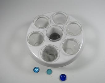 White glazed earthenware jar support