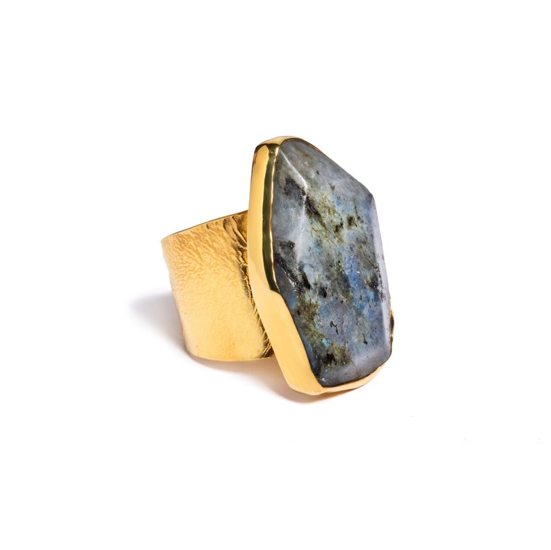 Mother/'s Day Gift Green Flash Ring Wide Band Gemstone Ring Labradorite Ring Natural Gemstone Ring February and March Birthstone