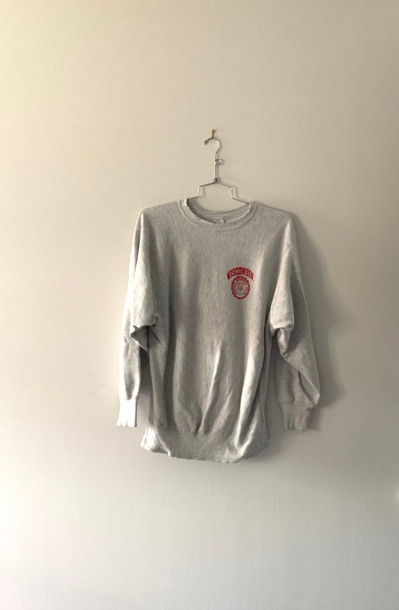 90s Wisconsin Champion Sweatshirt - Large  // Cham