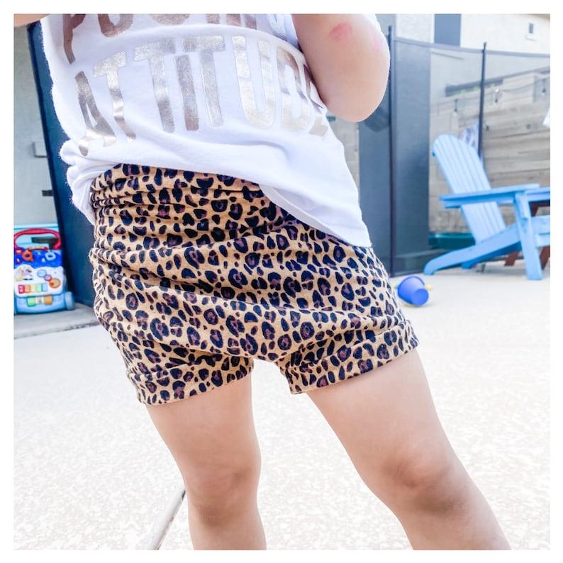 Toddler outfits Cheetah bummies Cheetah shorts Baby outfits Handmade little girl clothing Kid clothing shorts