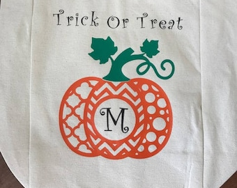 Trick or Treat bag, Trick or Treat candy bag, Pumpkin Bag, Personalized Trick or Treat bag, Halloween Candy Bag,