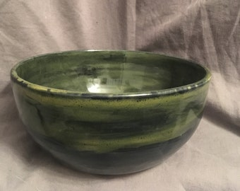 Ceramic Bowl // Homemade Pottery // Green Black // Handmade Bowl // Cereal Bowl // Green // Soup Bowl // Serving Bowl // Large Bowl