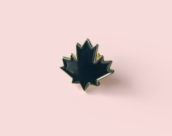 Canada Flag Badge Pin South America Enamel Lapel Canadian Red Maple Leaf