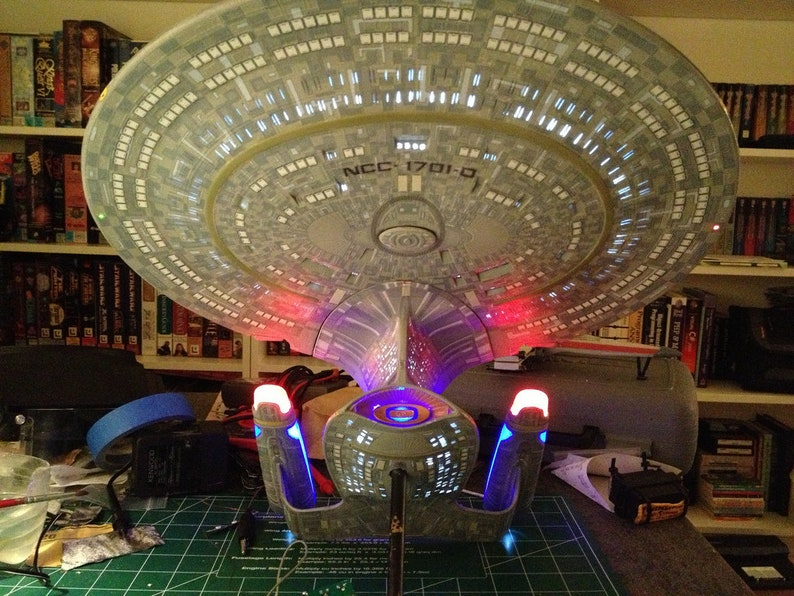 Star Trek Enterprise D Model Kit Movie Quality Model Lighting/Sound System  With Phasers & Torpedo Effects