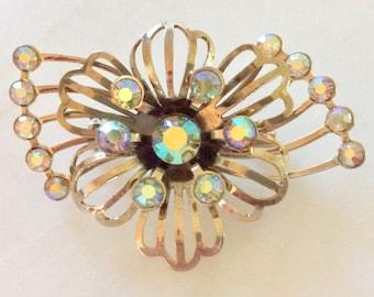 Vintage Aurora Borealis Rhinestone Brooch . Botanical Foral Flower . Gold Tone . Era 1960's . Boho Retro Gypsy Brooch . Christmas Jewelry