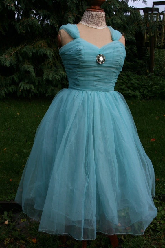Vintage 1950s prom dress, blue tulle puffball ball