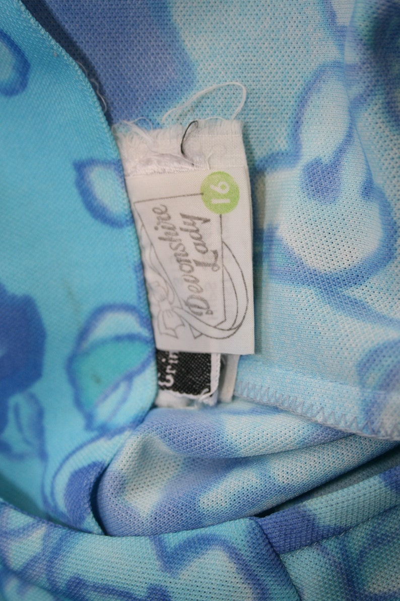 size 12 14 Devonshire Lady vintage mod gogo sleeveless dress 1970s 38 bust Blue Crimplene floral dress