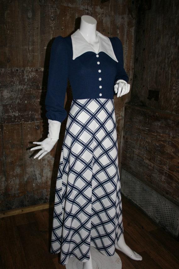 Vintage 70s maxi dress, navy/ white dagger collar