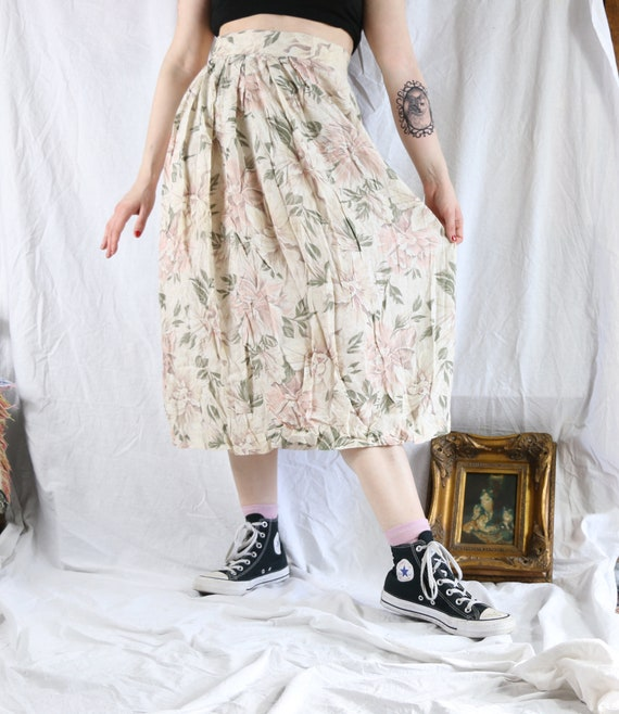 Lovely 80s Cream and Pink Floral Midi Skirt Size M