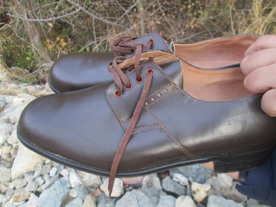 Vintage military shoes, Brown leather shoes, Offi… - image 9