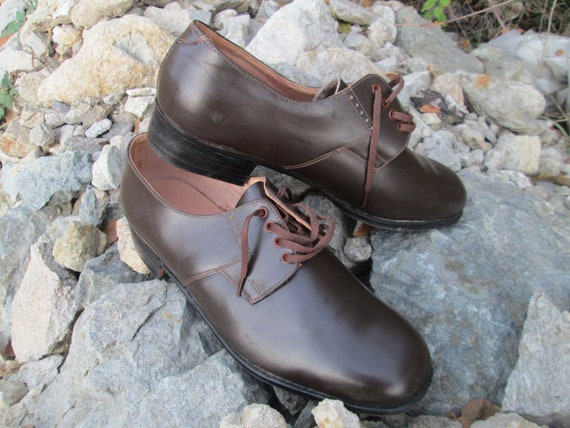 Vintage military shoes, Brown leather shoes, Offic