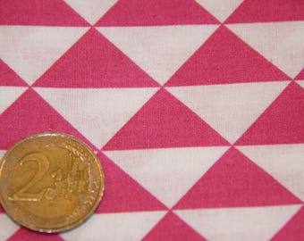 coupon 50 X 50 cm patchwork fabric / pink triangle