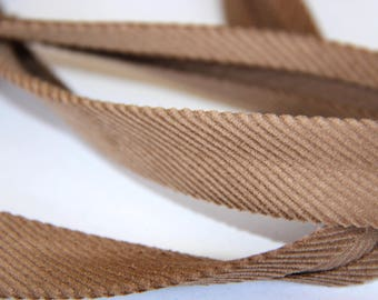 FABRIC 100% COTTON CORDUROY 18MM BROWN GLASS