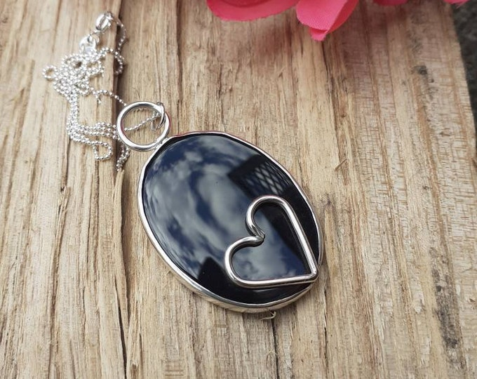 Sterling Silver necklace with black onyx.